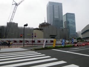 東京駅改修中
